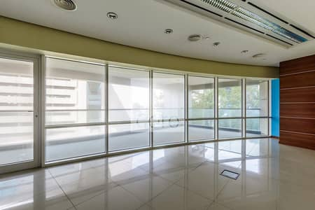 Fitted and Partitioned Unit | Low Floor | DED