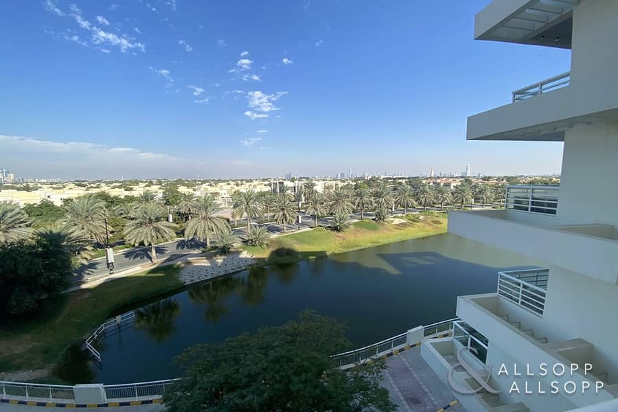 2 3 Beds Duplex | Lake View | Available Now