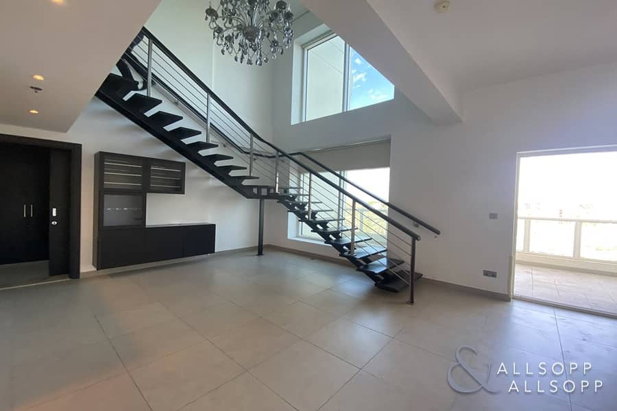 3 Beds Duplex | Lake View | Available Now