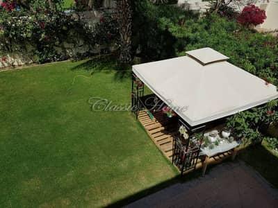 Beautiful 3 Bedroom + Study room Villa in Springs 7 with Gazebo