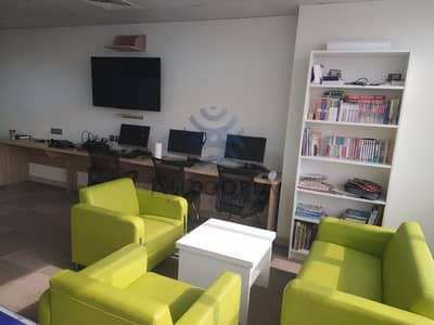 Office for Sale in Jumeirah Lake Towers (JLT), Dubai - Fitted furnished: Training center:Flexible office space