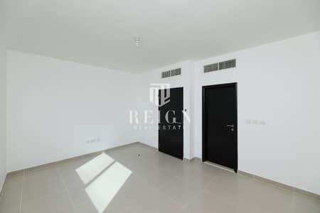 فیلا 3 غرف نوم للايجار في الريف، أبوظبي - Beautiful Dessert Style Villa W/ Amazing GARDEN !!