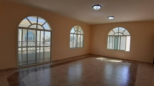 3 Bedroom Apartment for Rent in Al Bateen, Al Ain - 3bhk flat in al Bateen near extra mall