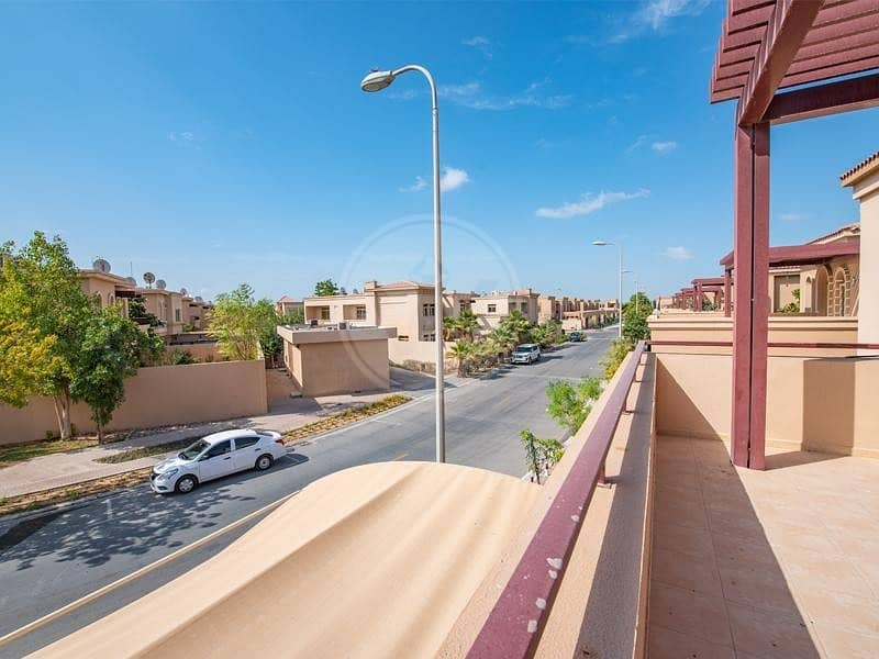 14 Huge size villa   Available now   Call for viewing