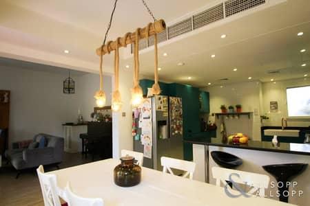 تاون هاوس 3 غرف نوم للايجار في الينابيع، دبي - 3 Bed | Backs Pool & Park | Fully Upgraded