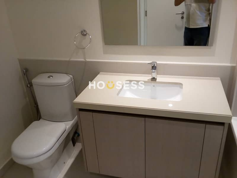 10 2 Bedrooms Brand New  Townhouse   Ready to Move