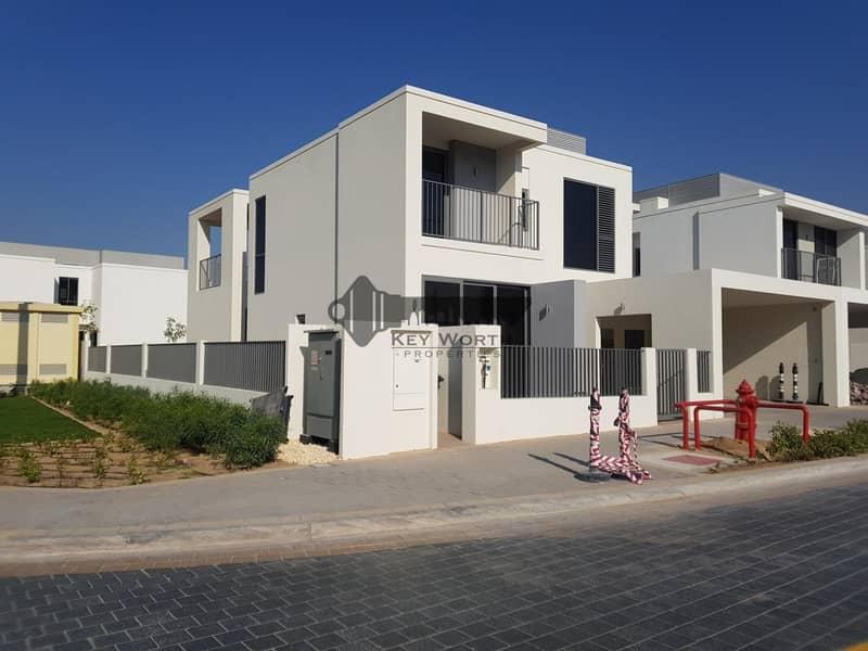 2 Corner villa  4BR with big plot | Greenery view !