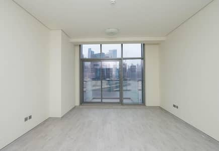 1 Bedroom Apartment for Sale in Business Bay, Dubai - Spacious Burj and Canal View || Ready to Move In
