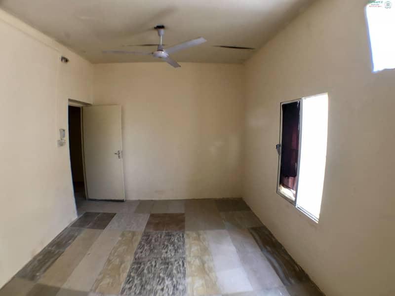 3 B/R Hall villa available in Al Qadisiya Area