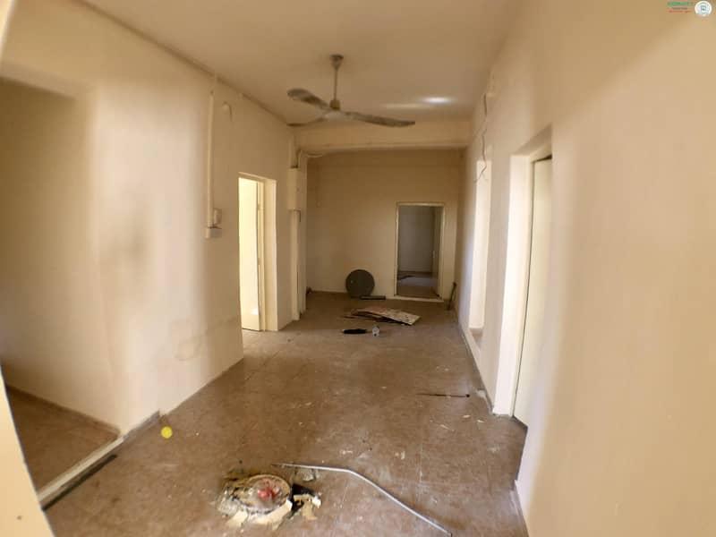 2 3 B/R Hall villa available in Al Qadisiya Area