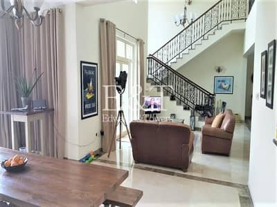 4 Bedroom Villa for Rent in Jumeirah Islands, Dubai - OUTSTANDING Upgraded Central Lake View 4Beds | JI