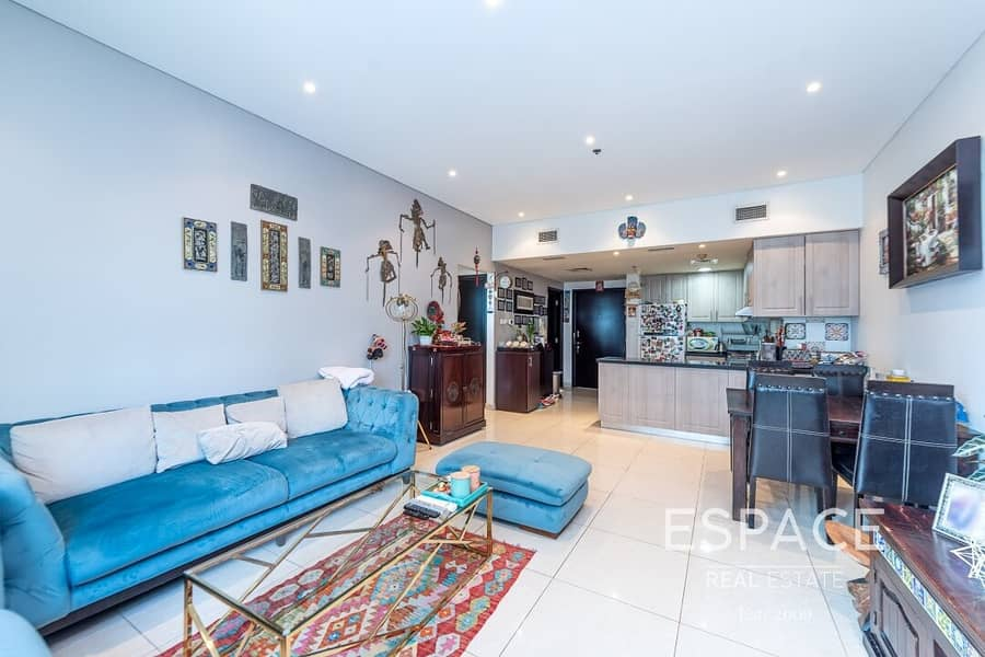 Partial Marina View | Immaculate | 2 Bed