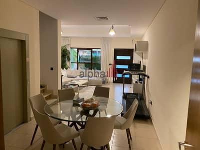 تاون هاوس 4 غرف نوم للبيع في قرية جميرا الدائرية، دبي - Upgraded 4 Bed   Park Villas   Private Elevator