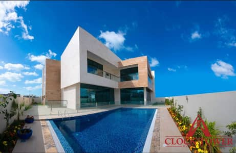 6 Bedroom Villa for Sale in Pearl Jumeirah, Dubai - Indoor Cinema l Vastu Compliant l Call Now