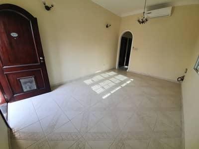 فیلا 2 غرفة نوم للايجار في مردف، دبي - فیلا في مردف 2 غرف 60000 درهم - 5007292