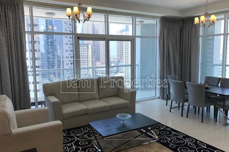 Spacious 3 Bed room Apartment For Sale !!