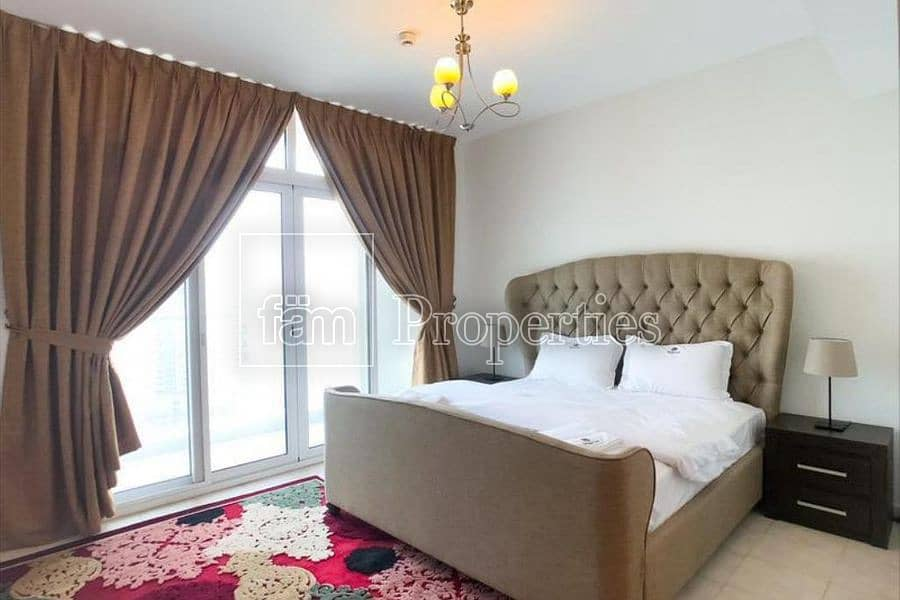 10 Spacious 3 Bed room Apartment For Sale !!