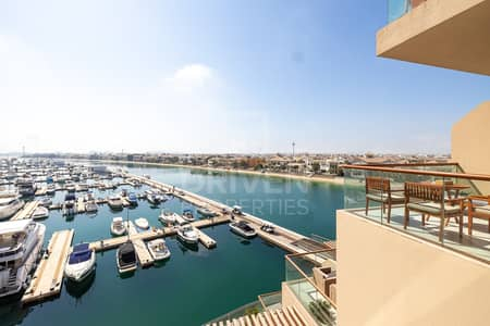Studio for Rent in Palm Jumeirah, Dubai - Well-kept Studio with Balcony | Sea View