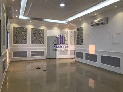فلیٹ 3 غرف نوم للايجار في مدينة محمد بن زايد، أبوظبي - Attractive 3 Bedrooms Large Hall Big Kitchen Maid Room & Lift service