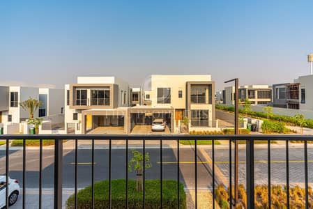 Sidra 3| On the Park Near Pool | Agent on Site