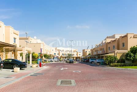 3 Bedroom Villa for Rent in Al Reef, Abu Dhabi - Move in Ready! | Captivating and Spacious 3 Bedroom Villa | Single Row w/ huge garden