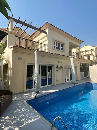 5 Bedroom Villa for Sale in Jumeirah Golf Estate, Dubai - Spacious 5 Beds + Study -Luxury Villa-Golf Views-Luxury Villa with Private Pool Close to Clubhouse