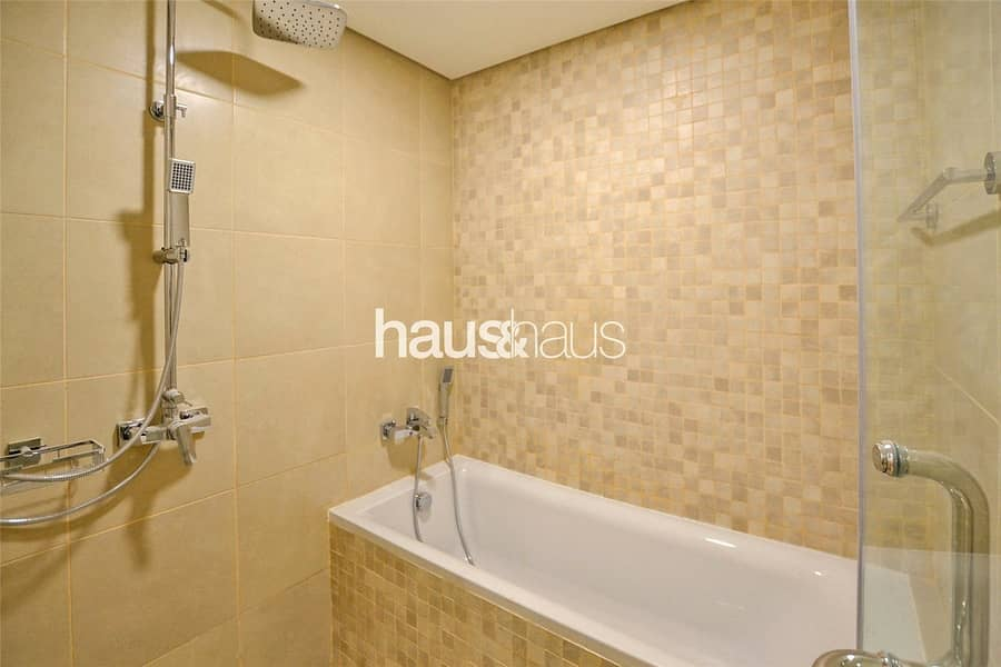 10 Vacant 2 Bed | Tower C | Golf View | Warranty