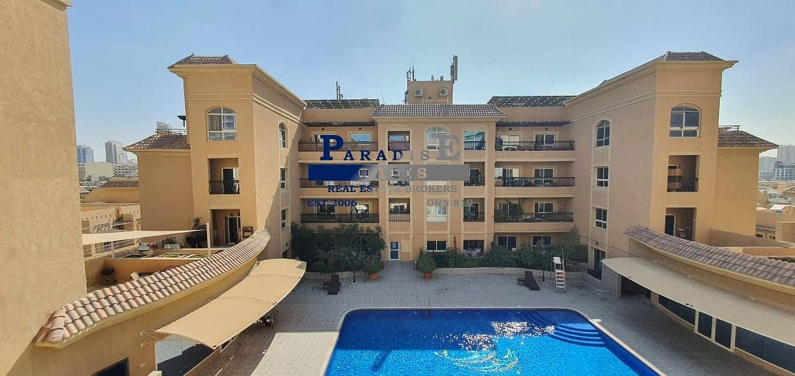 15 VACANT I FULL POOL VIEW I TWO BALCONIES