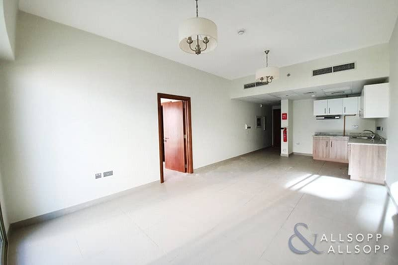 2 1 Bed | Brand New | 783 Sq. Ft. | Vacant