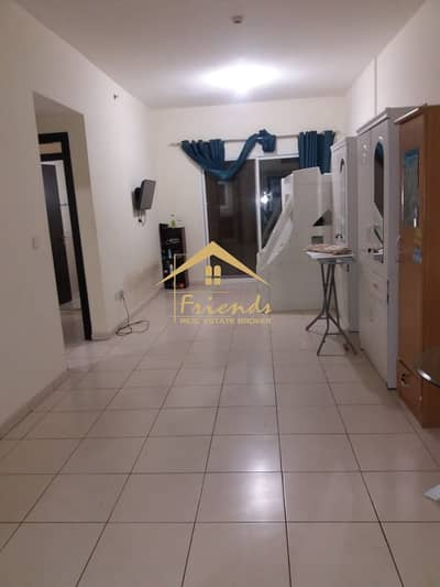 فلیٹ 2 غرفة نوم للبيع في المدينة العالمية، دبي - VACANT LARGE SIZE TWO BEDROOM WITH BALCONY IN RIVIERA RESIDENCE IS FOR SALE Aed550000/-