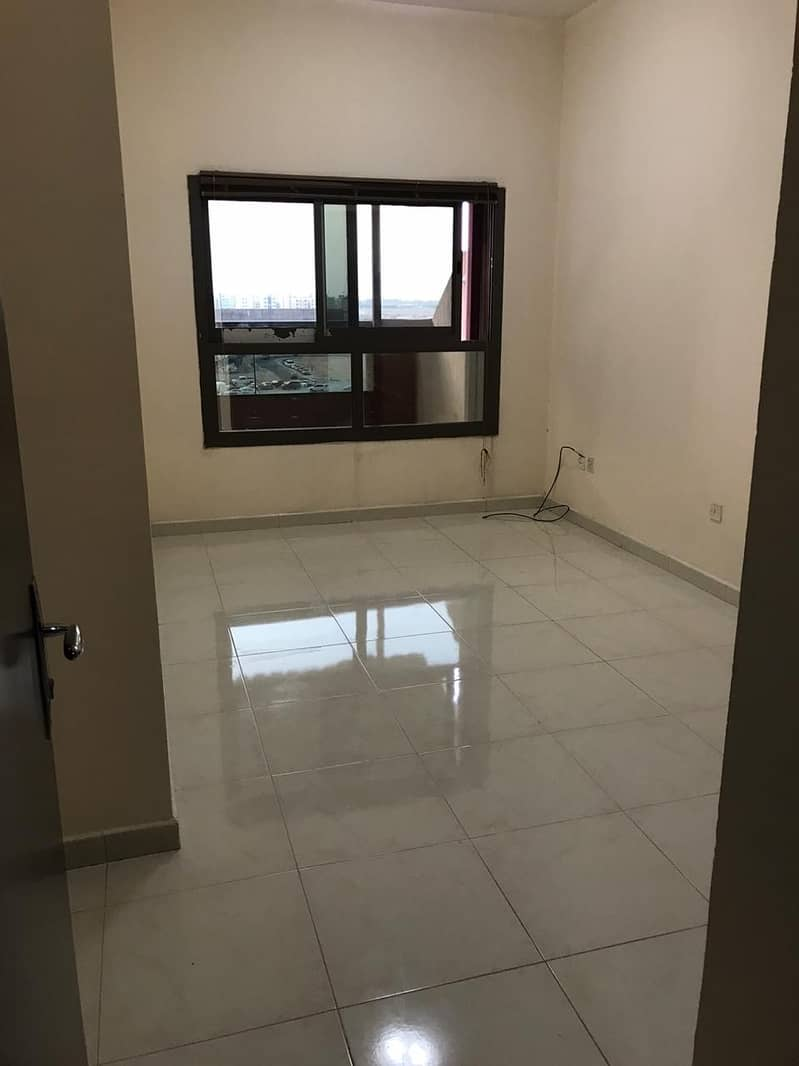 3 BED ROOM HALL AVAILABLE  FOR  SALE
