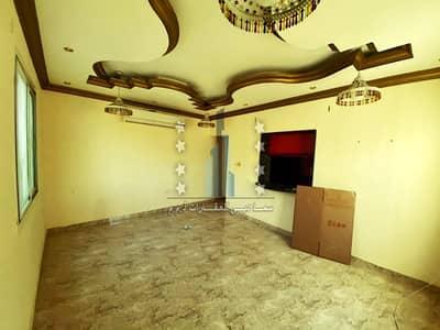 شقة 3 غرف نوم للايجار في الروضة، عجمان - للايجار شقه ثلاثة غرفة وصاله ومجلس مساحات واسعه