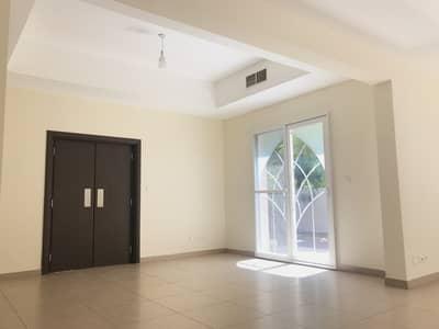 فیلا 5 غرف نوم للايجار في واحة دبي للسيليكون، دبي - فیلا في فلل السدر واحة دبي للسيليكون 5 غرف 162000 درهم - 5008505
