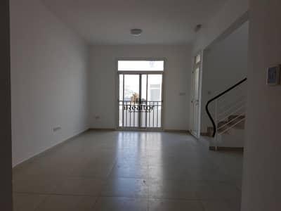 تاون هاوس 2 غرفة نوم للبيع في الغدیر، أبوظبي - Own a Beautiful 2 BR Townhouse 770k