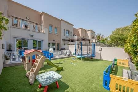 فیلا 3 غرف نوم للايجار في البحيرات، دبي - Type CM | Fully Upgraded | Landscaped