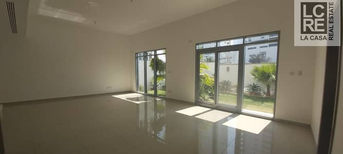 3 Bedroom Townhouse for Rent in Al Reem Island, Abu Dhabi - Commodious 3BR Duplex I Nice Garden
