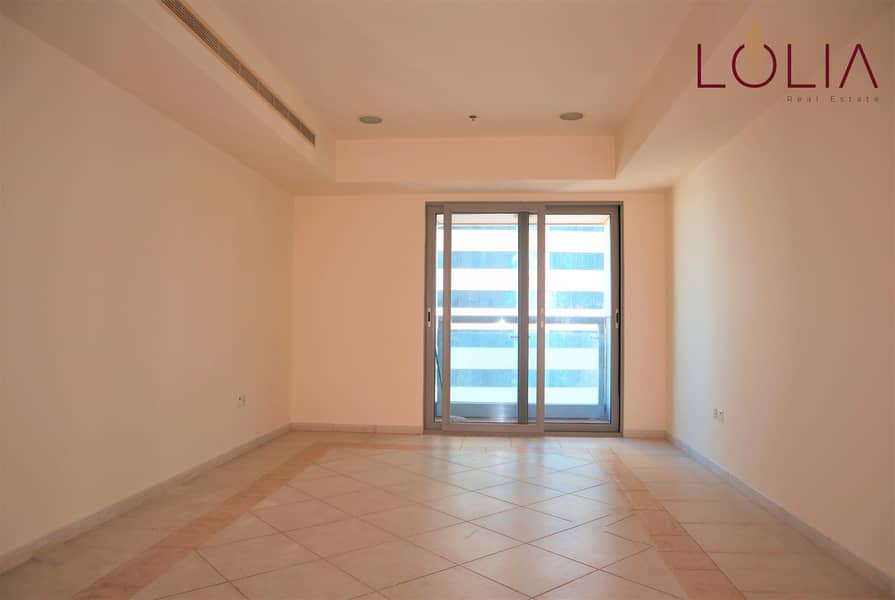 2Bhk w/ Partial sea view and Marina View   Vacant