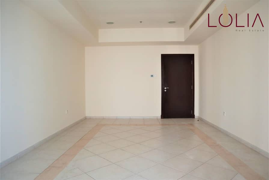 2 2Bhk w/ Partial sea view and Marina View   Vacant