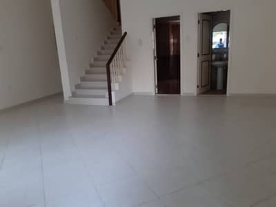 فیلا 3 غرف نوم للايجار في مردف، دبي - No Commission! 3 Bedroom Villa with Maid Room in Mirdif