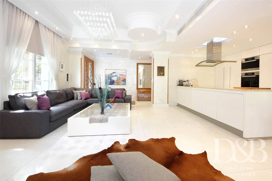 2 Upgraded | Fully Furnished | Extended | 3E