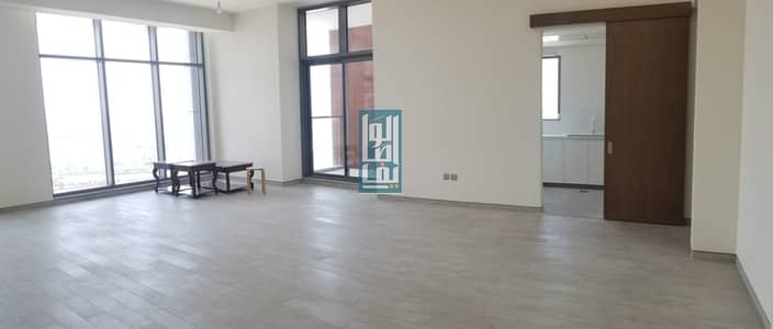 3 Bedroom Flat for Sale in Business Bay, Dubai - SPACIOUS 3BR + MAID + STORAGE+3 PARKING.