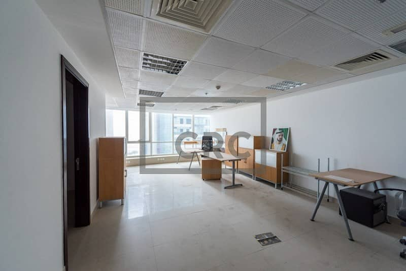 2 Furnished Office|Close to Metro|Lake View