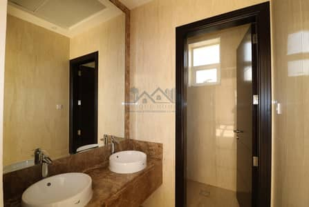 فیلا 4 غرف نوم للايجار في القوز، دبي - 2 STOREY INDEPENDENT 4BEDROOMS VILLA WITH LARGE GARDEN AT AL QUOZ