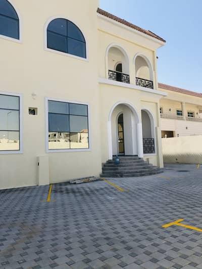 شقة 1 غرفة نوم للايجار في مدينة محمد بن زايد، أبوظبي - شقة في مركز محمد بن زايد مدينة محمد بن زايد 1 غرف 43000 درهم - 5009378