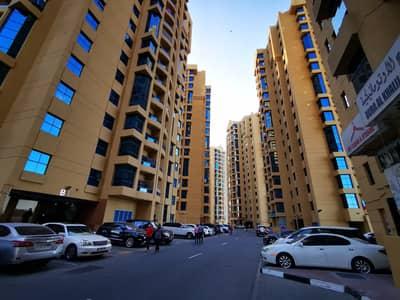 شقة في أبراج الخور عجمان وسط المدينة 3 غرف 34000 درهم - 4863100