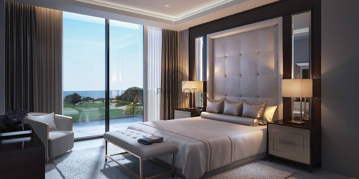 Luxury Indepedent Villa Facing Golf Course