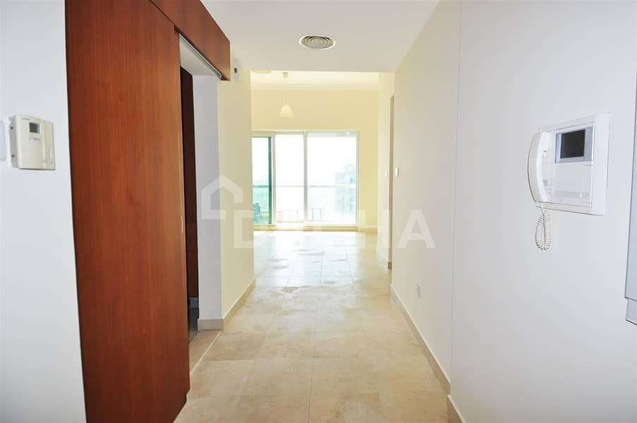 2 High Floors/2Bathrooms/Lakes Facing