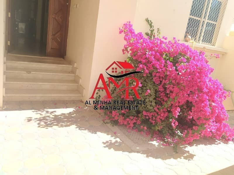 19 Nice Compound Villa With Shaded Parking