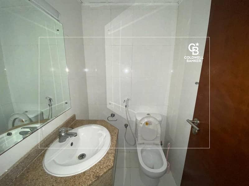 16 3 BR / High Floor/ Sea View/ Maid Room.