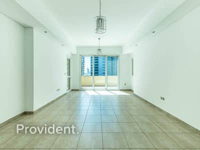 2 Bedroom Flat for Sale in Palm Jumeirah, Dubai - Partial Sea View | Vacant on Transfer | High Floor